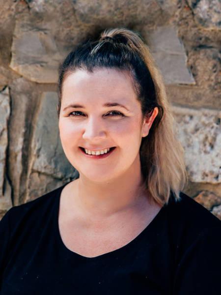 Zara Blazsanyik Remedial Massage Therapist - Well Adjusted Osteopathy